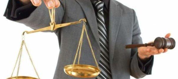 Когда нужна помощь адвоката - советы юристов