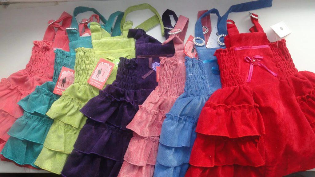 ткань имеет значение: из чего шьют детскую одежду?