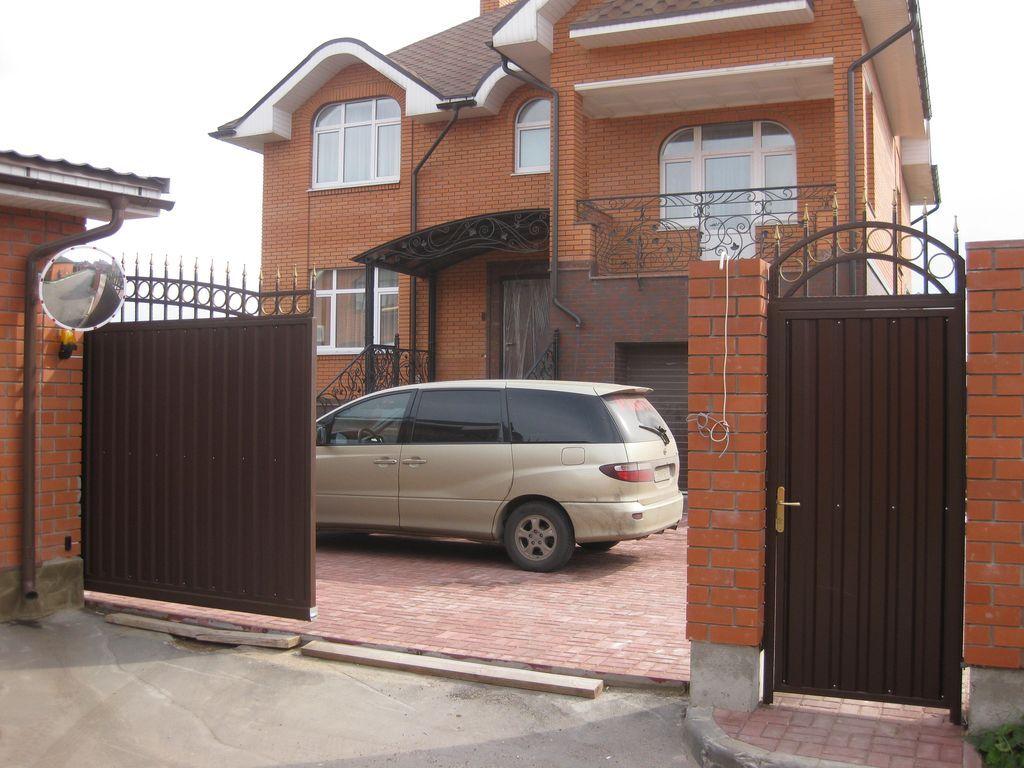 Ворота с калиткой для дома фото фурнитура для откатных ворот свт ворт