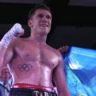 Украинец Шелестюк в третьем раунде нокаутировал Родригеса