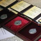 Ко Дню Конституции Порошенко присвоил почетные звания «Заслуженных» 8 вінничанам.